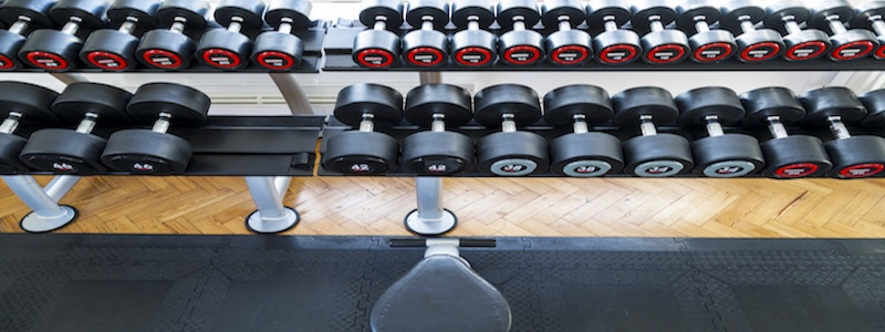 ​What are the health benefits of lifting weights?